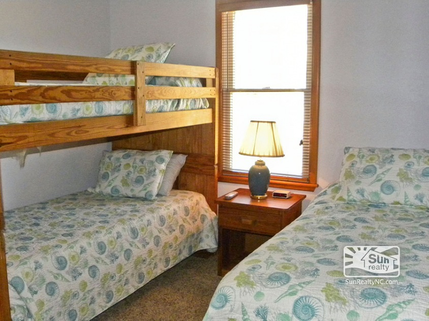Bunk and Twin Bedroom