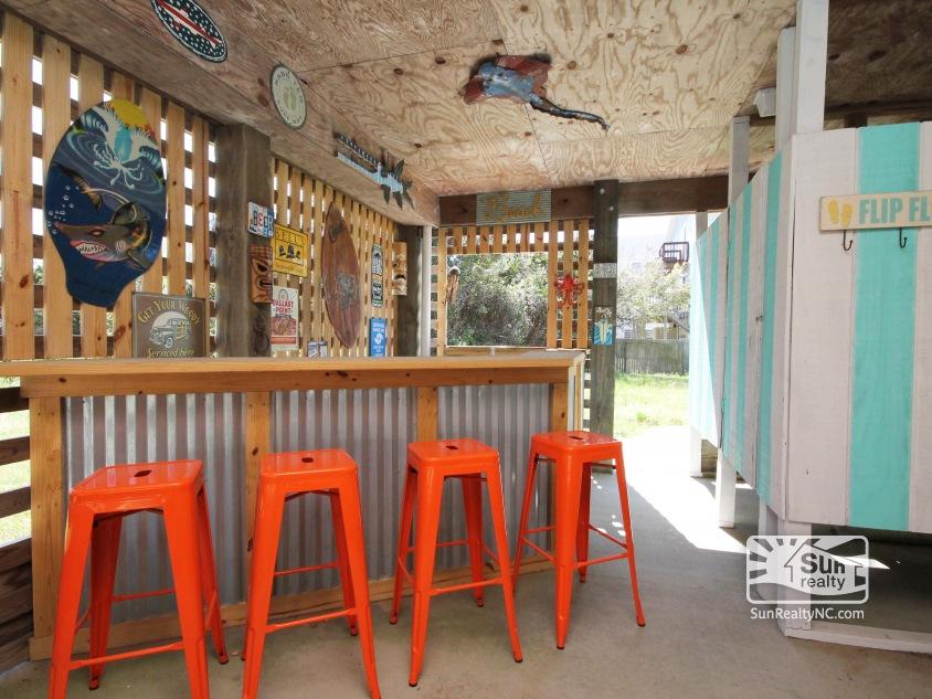 Bar under House