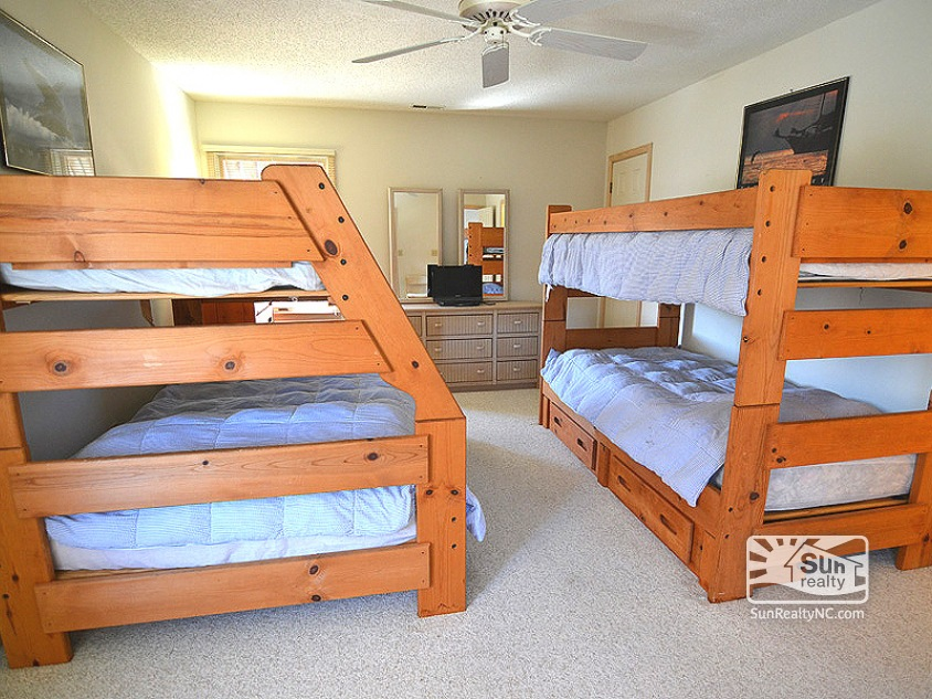 Pyramid Bunk and Bunk Bedroom