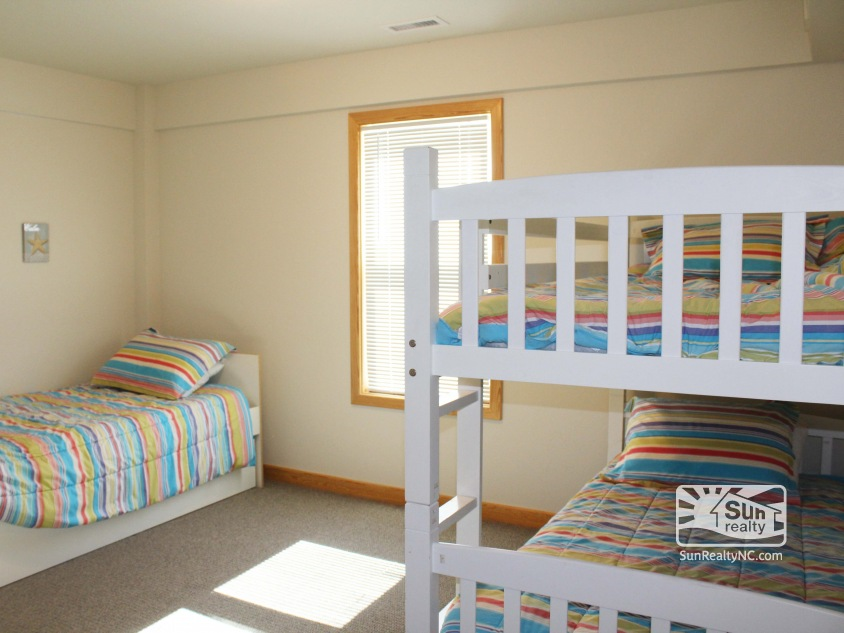 Twin and Bunk Master Bedroom