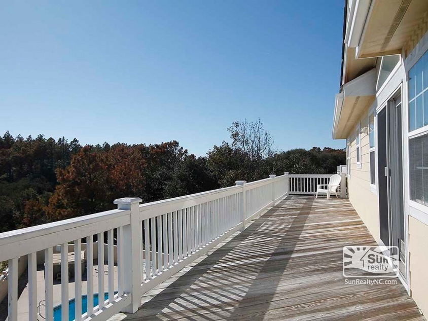 Top-Level Back Deck