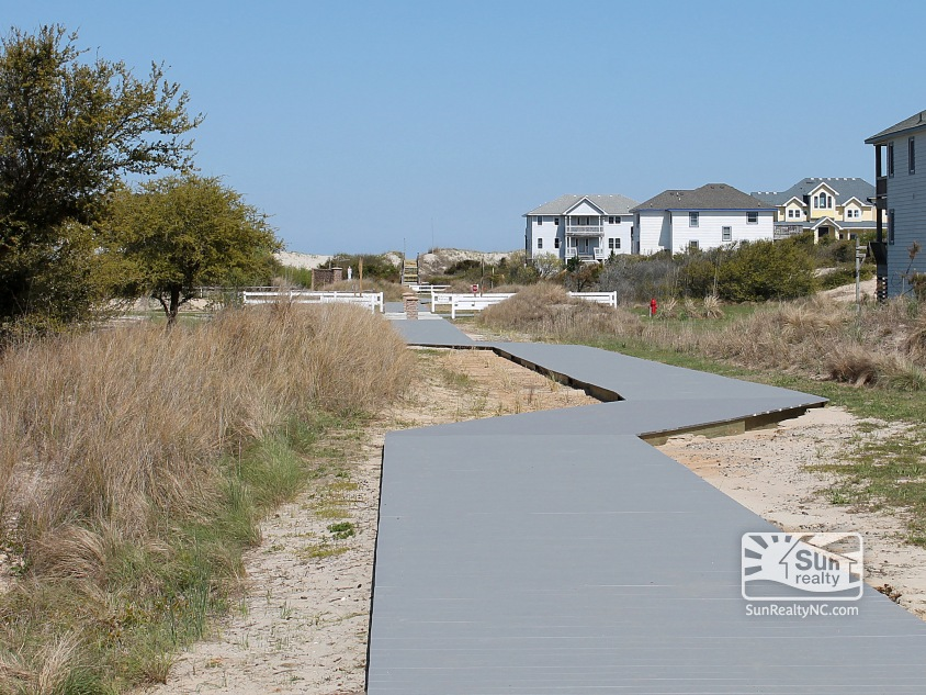 Community Beach Path